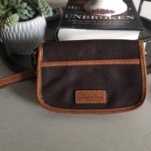 Dooney and Bourke wallet/wristlet